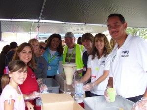 TeamQ-Community-foodpacking2011